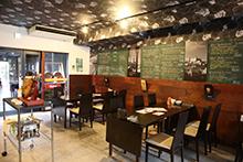フジヤマ タパス(スペイン料理店 · タパスバー&レストラン)